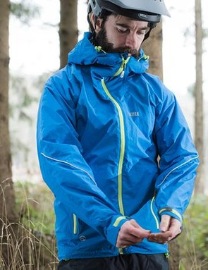 The arms are a decent length and the fit offers enough room underneath for additional layersh to layer u