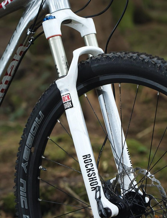 The 100mm travel RockShox Reba fork smooths the trail nicely