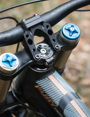 Here's the adjustable Race Face Atlas stem in its longer 50mm setting
