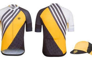 Rapha's Renault-inspired Trade Team jersey and cap
