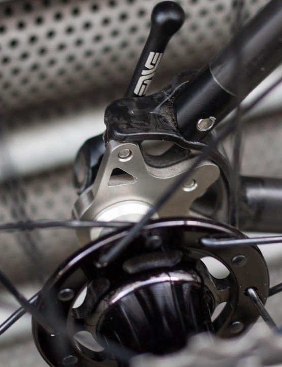 The Chris King R45 hubs are finished with low profile QR skewers