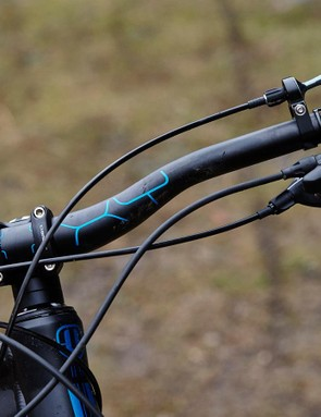 The super-short 30mm stem on our test rig is actually the longer, less radical version offered on Mondraker's Forward Geometry bikes