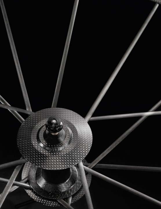 T1000 carbon is used liberally throughout the Lightweight-made frame and wheels