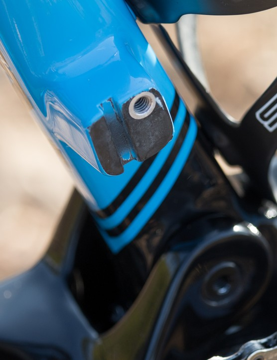 We're told that SwiftCarbon will soon offer a direct-mount front derailleur cover that doubles as CO2 canister storage