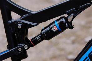 The Monarch RT3 DebonAir shock adds subtle adjustment and a smoother ride over small bumps compared to the Monarch R on the cheaper Mega TR Race but the Pro is gagging for a Pike fork up front