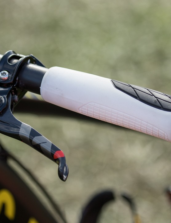 Lakata helped in the development of the Ergon GS-1 marathon racing grips