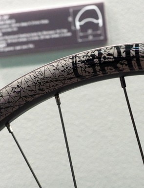 FSA will also release a new Grid wheelset, built with 27mm-wide (internal width) tubeless-ready asymmetrical aluminum rims
