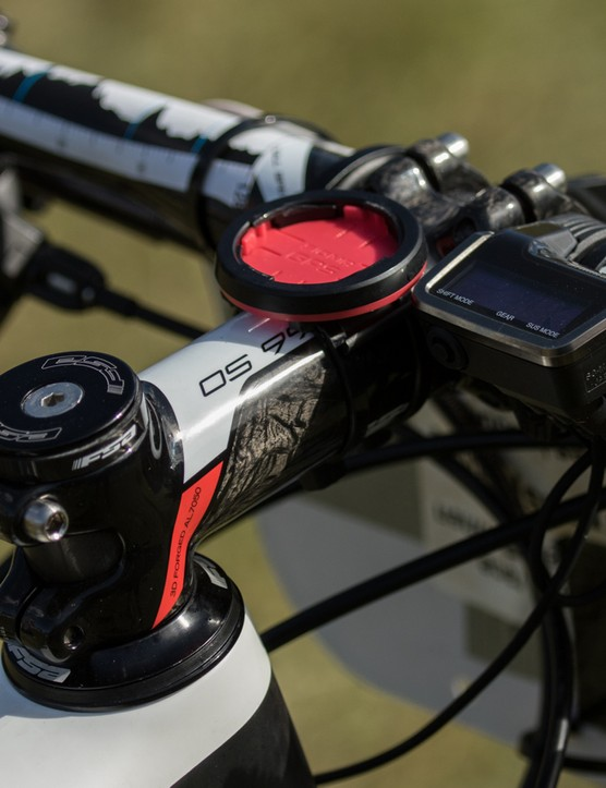 FSA K-Force components are used for the stem, handlebar and seatpost