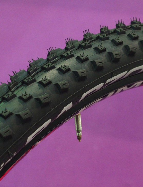 The Vittoria Barzo is designed to provide confident grip in loose conditions across a wide range of lean angles