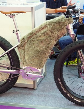 Hey guys, how are we going to hide that unsightly e-bike battery?