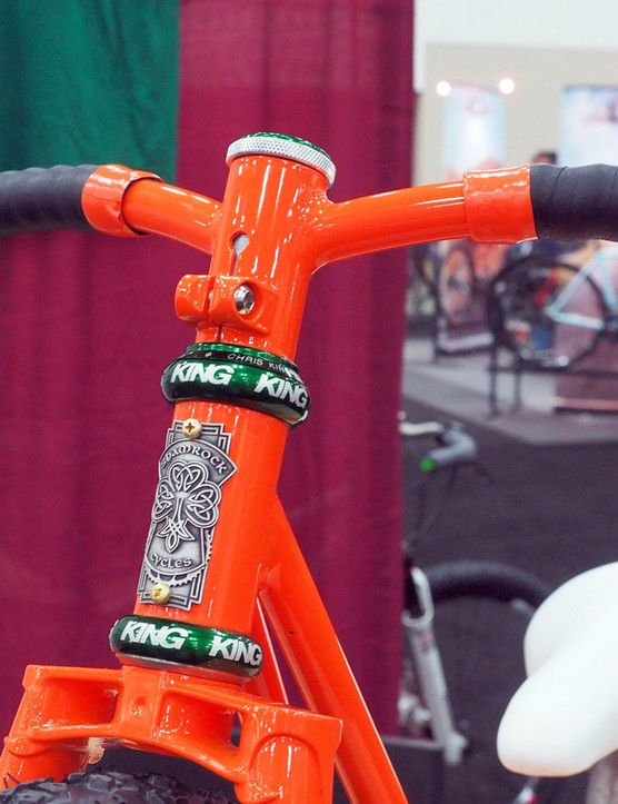 The handlebar was custom made as well, complete with an integrated steerer clamp and rearward sweep