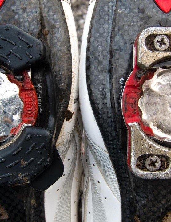 Without covers, Zero cleats are slippery and susceptible to wear. The cleat on the right (a Zero Pavé edition V.2) has only done around 100 miles uncovered, and already shows significant marking