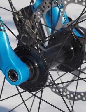 The 150x15mm hub spacing is shared with the RockShox Bluto but unfortunately the fork length isn't suspension-corrected