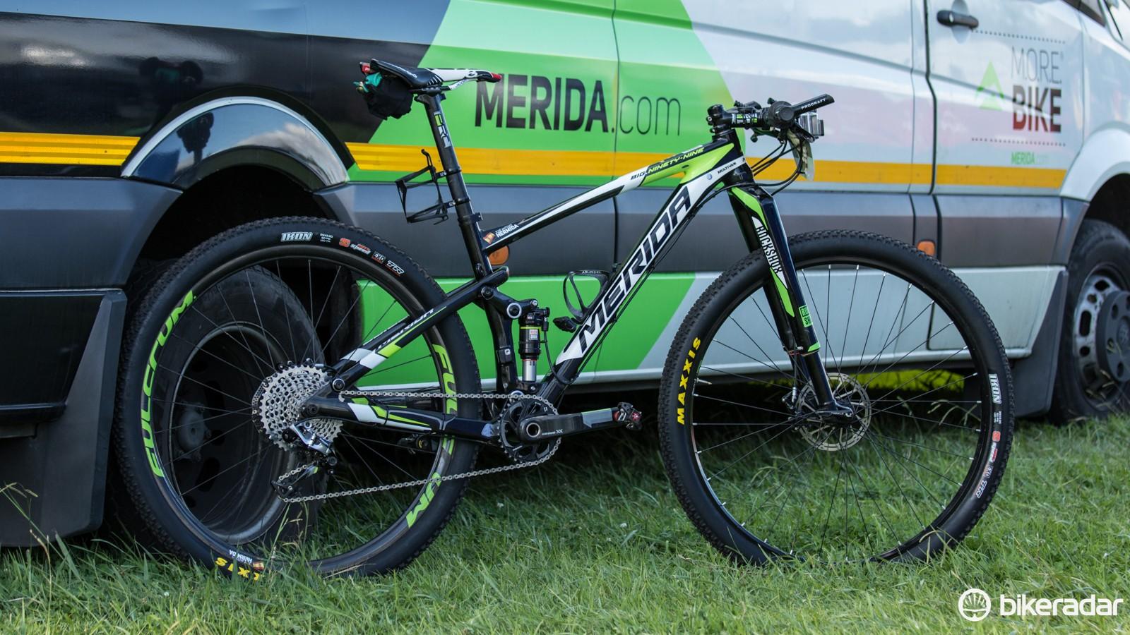 José Antonio Hermida rode a Merida Ninety-Nine 9.Team at the 2015 Absa Cape Epic