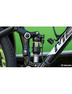 Generally used to create a more linear suspension feel, Hermida is using a high-volume air sleeve on his RockShox Monarch rear shock