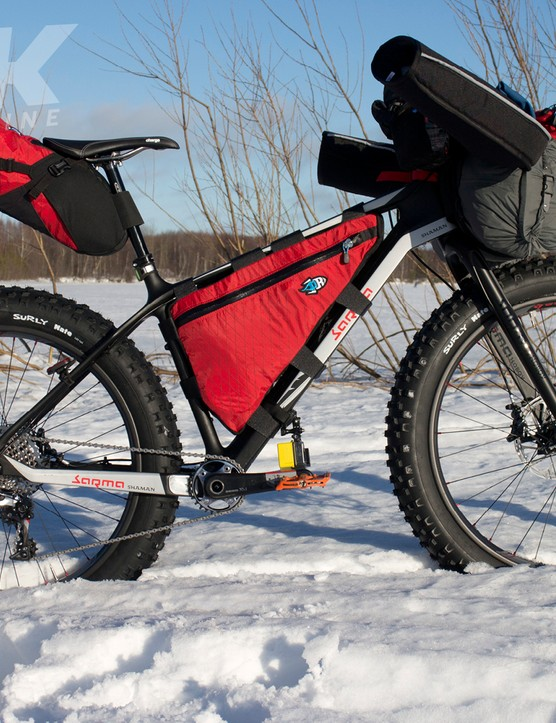 The Sarma Shaman - fully loaded for a snow race