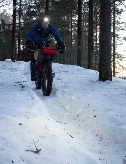 Tom Marvin riding the Sarma Shaman in the Rovaniemi 150