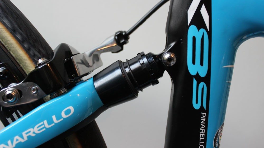Elastomer suspension on the Pinarello Dogma K8-S