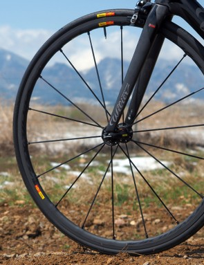 Further adding to the bike's light and airy personality are the Mavic Ksyrium SLR clincher wheels, which feel lighter than the scale would suggest