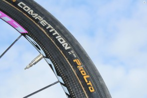 Lampre-Merida was another WorldTour squad running 28mm Contis