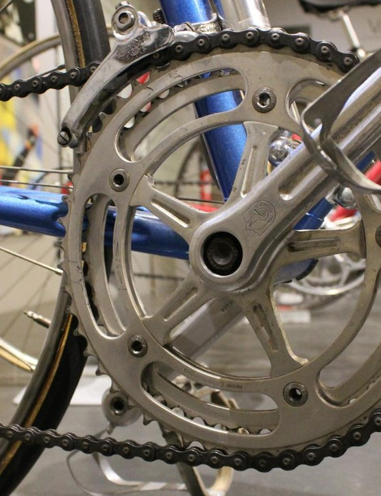 Tom Simpson's 1962 Gitane boasted a 52/42 crank with a 13-17 cassette. Weight was 11kg/24.3lb