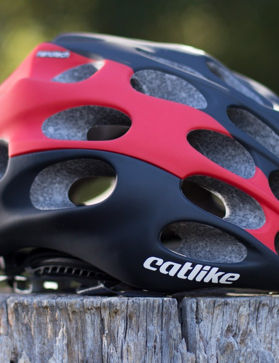 Catlike Miximo helmet - just like a golfball for your head