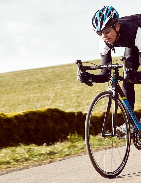 The Volare strikes an appealing balance between stiffness and compliance