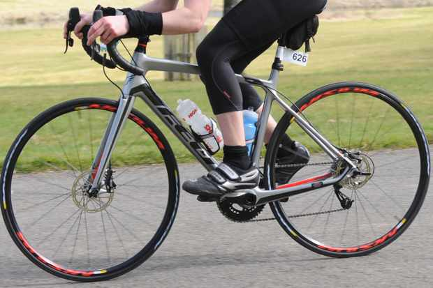 The Felt Z4's endurance geometry, stiff frame and disc brakes make it ideal for hilly gran fondos