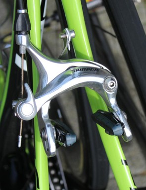 Cannondale-Garmin mechanic Geoff Brown pulled out some old, long-reach Shimano calipers for the rear of the Synapse for better clearance on 30mm rubber than Shimano Dura-Ace