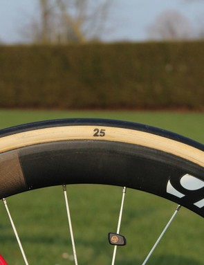 Trek Factory used 25mm FMB tubulars for the Tour of Flanders, where many teams were using 26, 27 and even 28mm tubulars