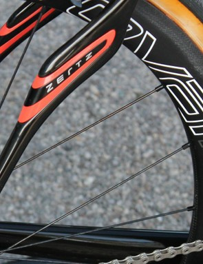 The Zertz' shape has changed over the years, but Specialized's claim about the vibration-damping function has remained the same