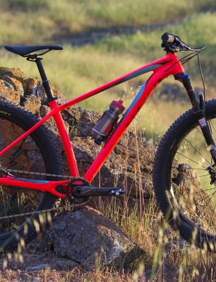 The Fuse (men's) and Ruze (women's) trail hardtails introduce '6Fattie' wheels to Specialized