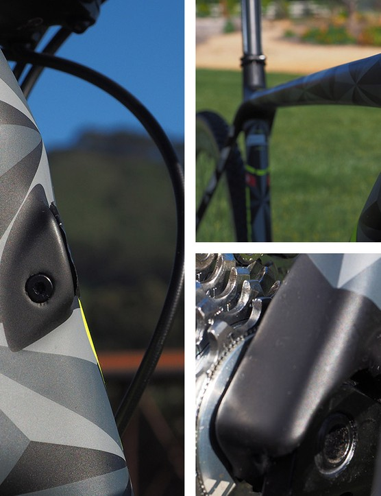 Cable routing is fully internal and convertible for a wide range of drivetrain configurations via a system of interchangeable plugs. There's even a pathway for an internally routed dropper post should you decide to use one