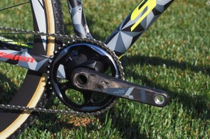 The new SRAM Force 1 group will be featured as standard equipment on the top-end Scott Addict CX 10 Disc