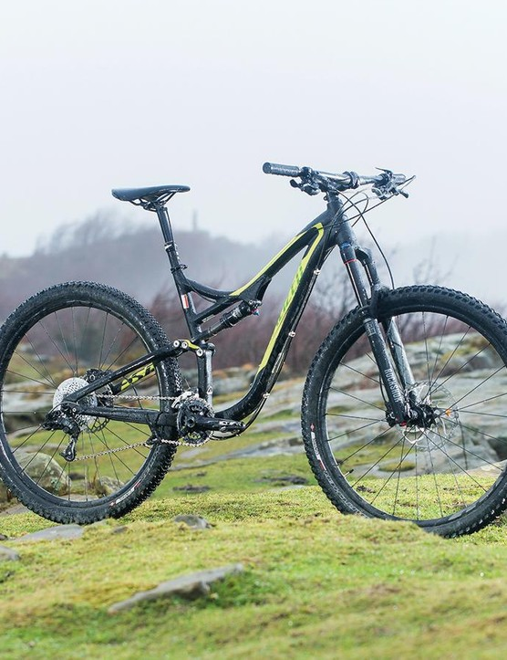 Specialized's Stumpjumper 29 Comp Evo is impressively light and delivers smooth, speed-sustaining performance