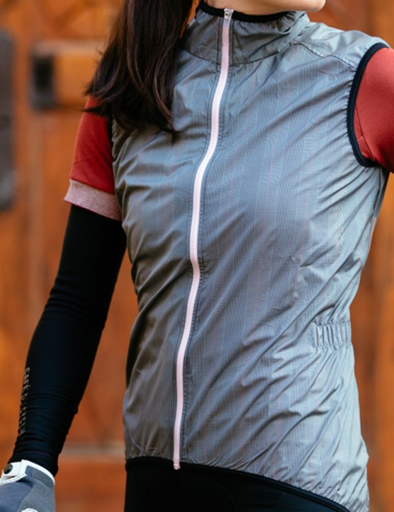 The Women's Madeline gillet is windproof and water resistant, and is designed to pack up small