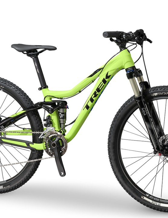 The Fuel EX JR is a scaled down version of the adult bike build around 26in wheels and features all the technologies we've come to expect on Trek's full suspension rigs including an ABP rear suspension, 142x12mm rear axle and an E2 tapered head tube on the aluminum frame