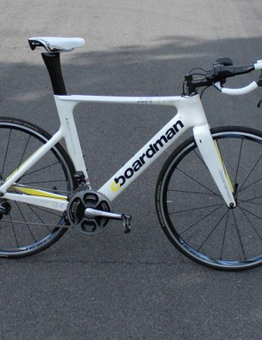 Component selection on the 9.4 Di2 is excellent, with Shimano Ultegra Di2, ISM Adamo and Continental Grand Prix 4000