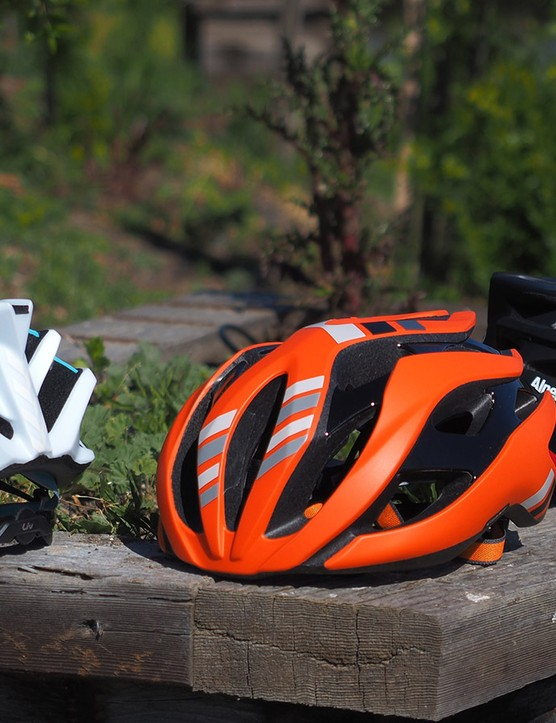 Giant's standard Rev road helmet gets a big update for 2016 with a new internal reinforcement cage that now allows for bigger vents and much deeper internal channeling, which should greatly boost the helmet's comfort in warm weather