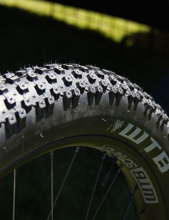 Up front, the bike sported WTB's new 27.5x3.0 Bridger tire