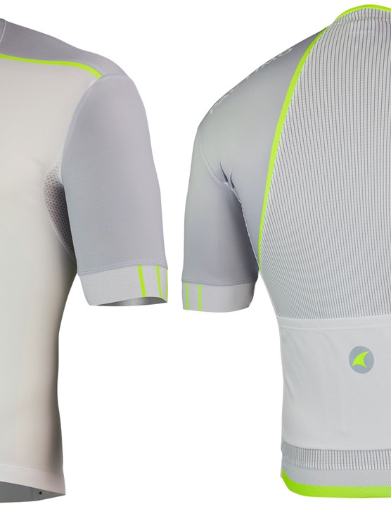 The Pactimo Summit RFLX jersey uses five fabrics for an aero fit