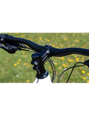 The 760mm Ritchey riser handlebar is a great choice