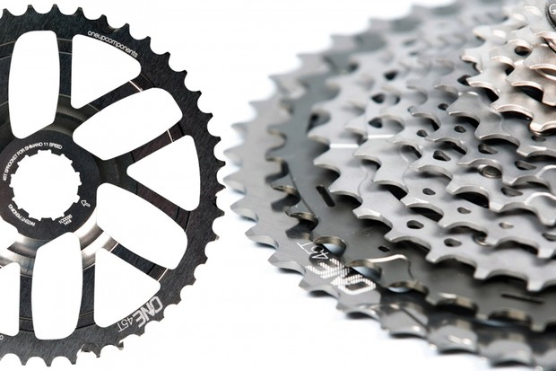 OneUp Components has just announced a new 45-tooth range-extender cog for Shimano XTR M9000 cassettes, bringing nearly on par with SRAM's XX1 cluster