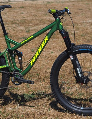 The Sultan 29er finds a second life as a 27.5+ bike, using the exact same frame as before but with a different wheel, tire, and fork package. Rear hub spacing remains at the currently standard 142x12mm