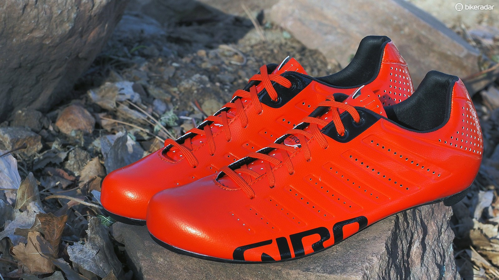 The Giro Empire SLX shoes aren't just light; they're also freakishly comfortable, impressively stiff, and well ventilated - not to mention quite pretty