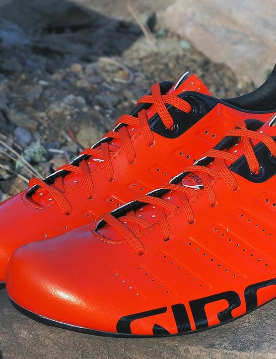 The Giro Empire SLX features an Easton EC90 sole and we think they look awesome