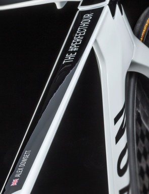 The down tube features a Union Flag, Dowsett's name and the #PerfectHour hashtag