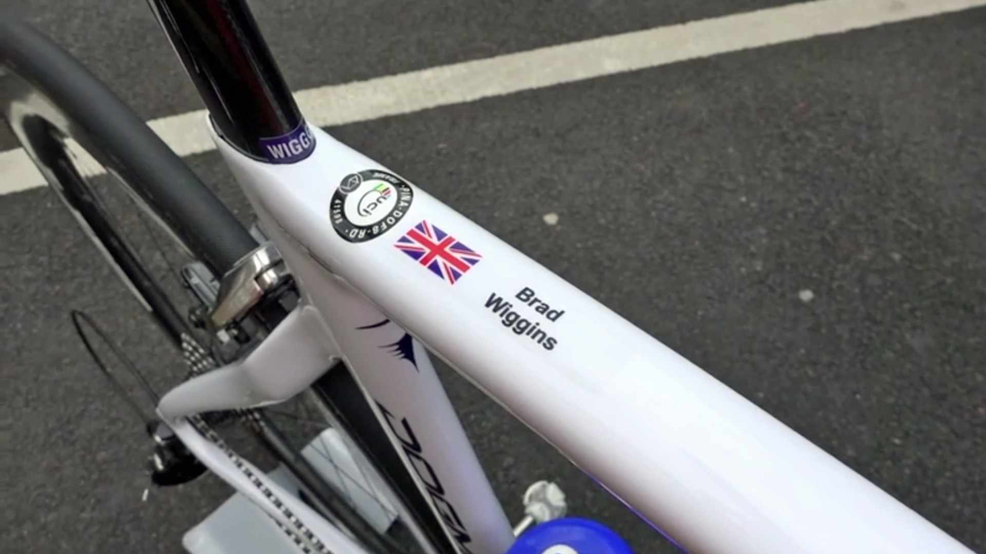 Bradley Wiggins' new Team WIGGINS Pinarello Dogma F8