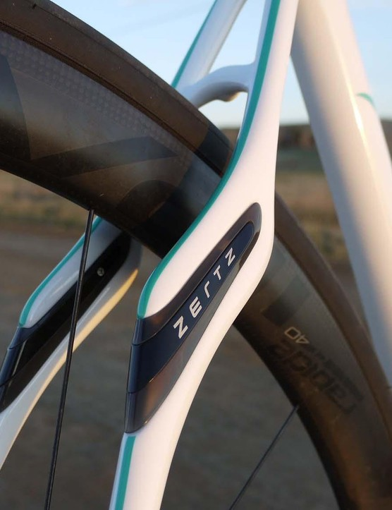 Specialized claims its Zertz inserts damp vibration