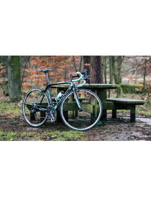 With flashes of Bianchi's Celeste colour all over there's no mistaking which brand of machine you're riding